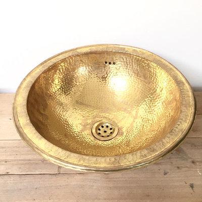Hammered brass / gehamerde koperen wastafel 35cm